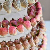 chocolate_dipped_strawberry_centrepiece_1