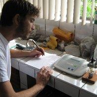 Testing Ph levels of Ecuadorian cacao samples