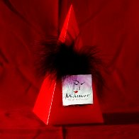 Mamor pyramid_red