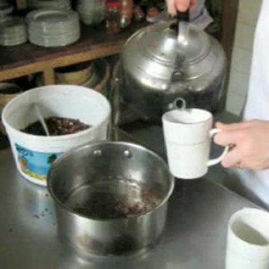 Making Cocoa Tea w/Chloe